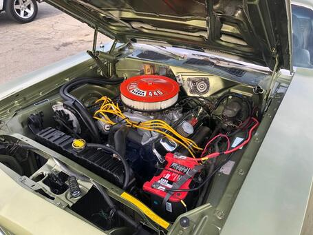 440 Engine installed in 1970 Plymouth Cuda